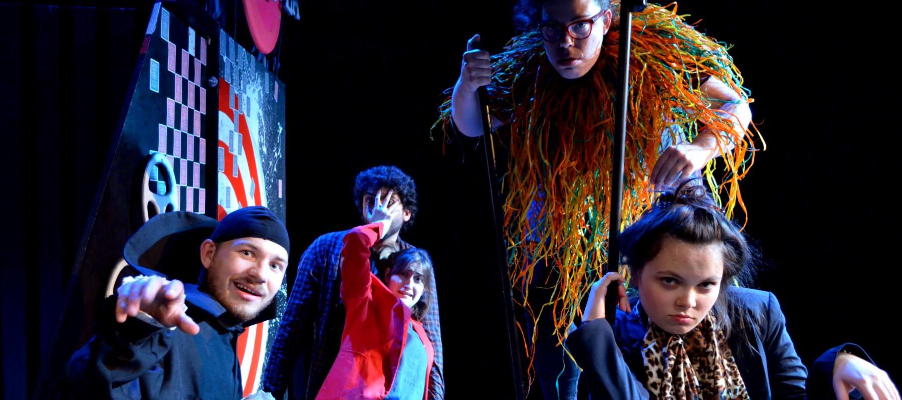 'La fira invisible' d'Escena Erasmus arriba este dijous a Ontinyent dins de la nova programació 'Cultura de barri'
