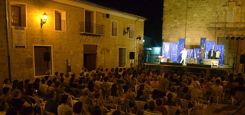 El Festival de Dins se clausura en Montesa con una cena europea de hermandad y con gran éxito de público y crítica
