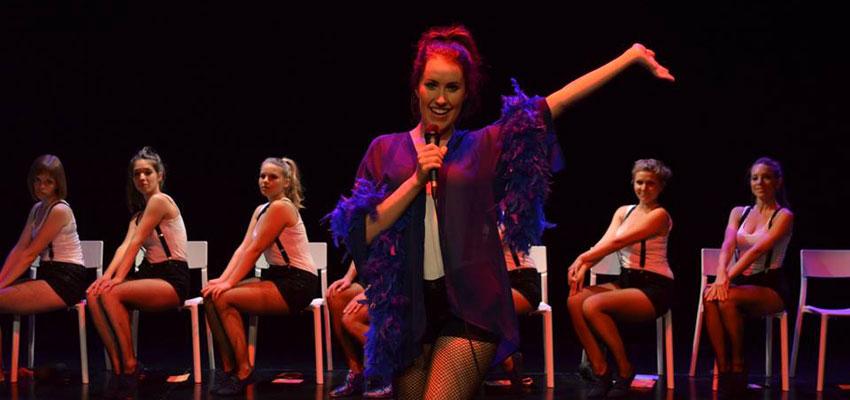 Convocatòria a Premsa: L'Europa de l'austeritat escenificada a través del picardiós i desencantat cabaret d'11 actors d'Escena Erasmus