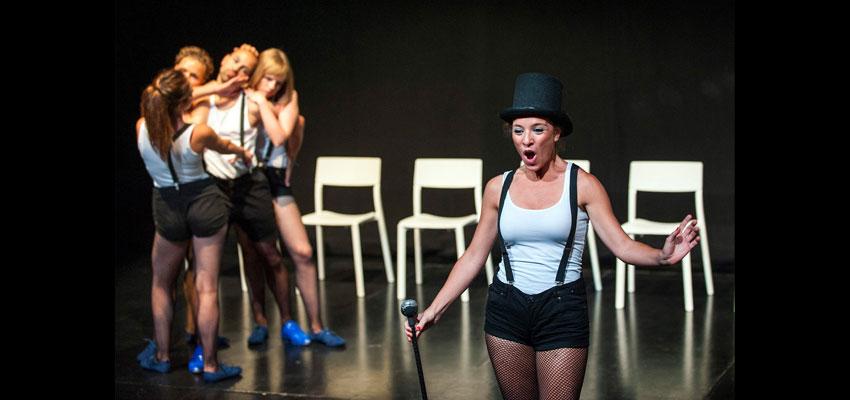 El cabaret teatral d'Escena Erasmus arriba aquest dissabte a La Nau