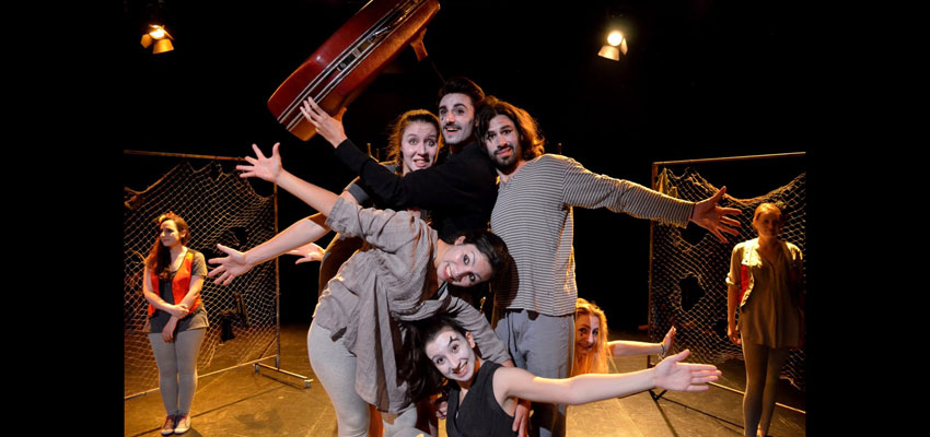 Les Europes Menudes visiten per primera vegada Riba-roja de Túria amb l'organització d'una jornada cultural de teatre