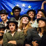 El proyecto teatral Escena Erasmus de la Universitat de València arranca el 10º aniversario con un manifiesto al grito de 'Europa no existe'